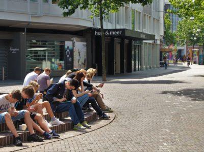 Famiglia, adolescenti e internet